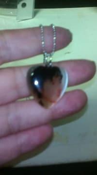 イ・ビョンホン素敵な写真入り型のネックレス