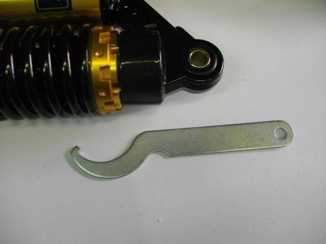 (8051)GSX250TGSX250LGSX250Eリヤーサスペンション < 自動車/バイク