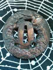 刀の鍔 鶴と松の図 銅地 年代不詳