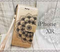 iPhoneXR 手帳型ケース 花柄 ネイティブ フィルム  ゴールド