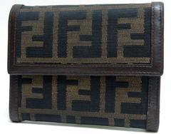 FENDI フェンディ 三つ折り財布 ズッカ柄 FF 黒×茶系