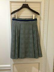 ♪ロイスクレヨン♪ スカート