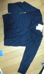 未使用黒の長袖シャツ(120�a)