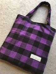 ハンドメイド*ネルのあったか肩掛けトートバッグ紫×黒チェック