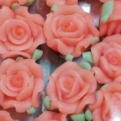 8ミリ ☆ 25コ ☆ (サーモンピンク)樹脂薔薇