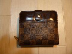 ルイ・ヴィトン ダミエ コンパクトジップの二つ折り財布