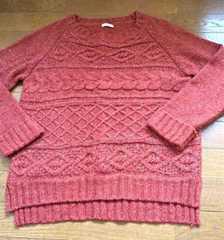軽めの秋色セーター