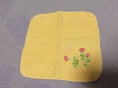 新品未使用プライベートレーベルハンカチ花柄黄色イエロー