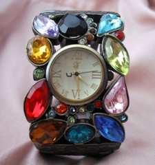 マルチストーンバングルウォッチ-腕時計