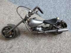 オートバイ グレー