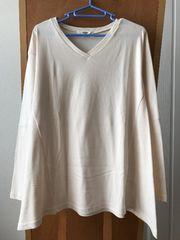 OZOC オゾック Vネック裾フレア長袖カットソー オフホワイト