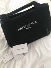 バレンシアガ ロゴバッグ XS ブラック