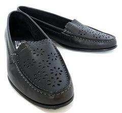 美品正規フェラガモロゴ入り7 1/2ローファー約25cmrディースシューズパンプス靴