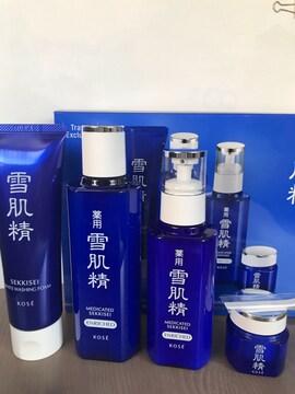 ★雪肌精★ベストコレクション エンリッチ・化粧水・乳液他2点