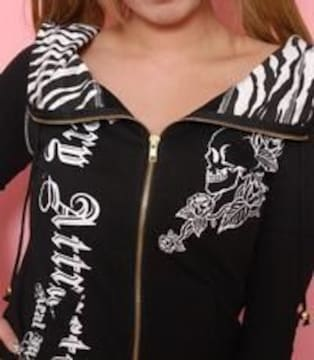 REALMARS☆ゼブラいっぱいスカルパーカー☆ブラック☆新品タグ付き