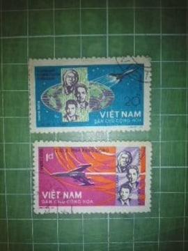 旧北ベトナム宇宙飛行士切手2種類♪
