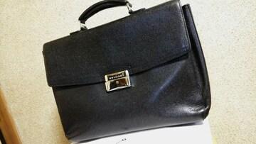 正規良 ブルガリBVLGARIロゴプレートビジネスバッグ黒 ブリーフ 書類鞄 鍵有