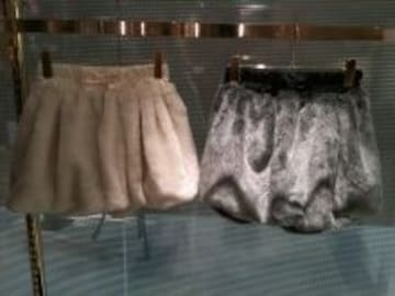 ワンスポ★未使用!ファーバルーンスカート/ホワイト