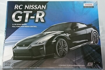 NISSAN GT-R 1/20 SCALE MODEL FULL FUNCTION RADIO CONTROL