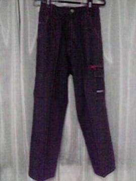 新品未使用BADBOYのデニムのズボン