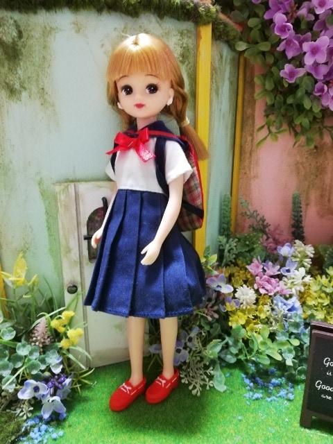 リカちゃん、ジェニーの制服