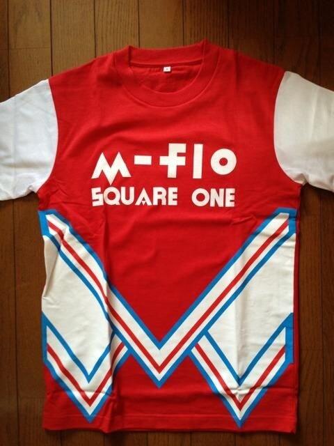 m-flo「SQUQRE ONE」LIVE購入 レア Tシャツ(S)  < タレントグッズの