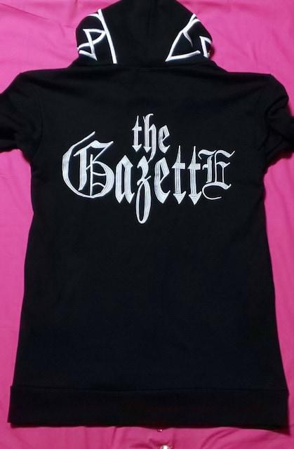 theGazettE黒13周年限定グッズ白ロゴパーカーMガゼットライブ黒白ガゼット  < タレントグッズの